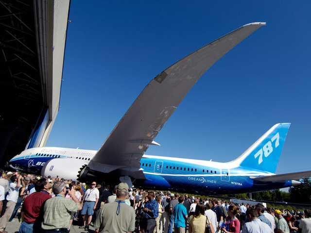 Boeing quyên góp 3 chiếc máy bay chở hàng ngoại cỡ để giúp phân phối hàng hóa liên quan virus corona - Ảnh 4.
