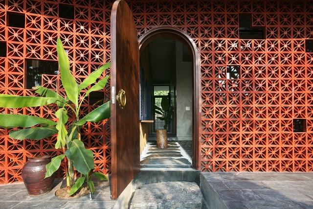 Ngôi nhà ở Nam Định lấy cảm hứng từ cây chuối - Ảnh 2.