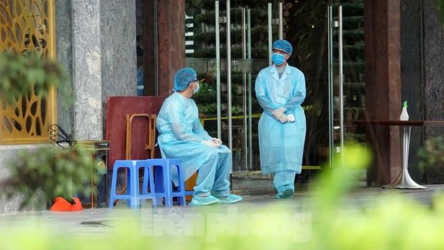 Cuộc sống cách ly của các y bác sĩ Bạch Mai trong khách sạn 4 sao - Ảnh 12.