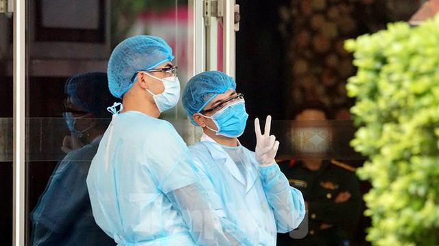 Cuộc sống cách ly của các y bác sĩ Bạch Mai trong khách sạn 4 sao - Ảnh 5.