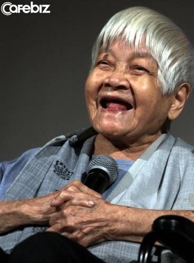 Lão bà 114 tuổi nói với chúng ta: Tuổi tác chỉ là con số, bí quyết vui vẻ, khoẻ mạnh gói trọn trong hai chữ Cho Đi - Ảnh 1.