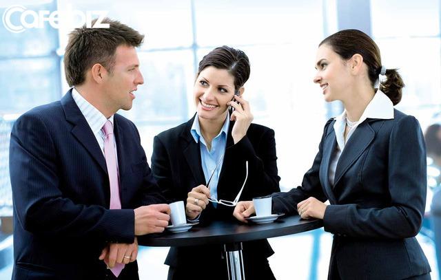 Bí mật nơi công sở: Có 3 điều không bao giờ được nói với đồng nghiệp, bất kể có thân đến đâu - Ảnh 3.