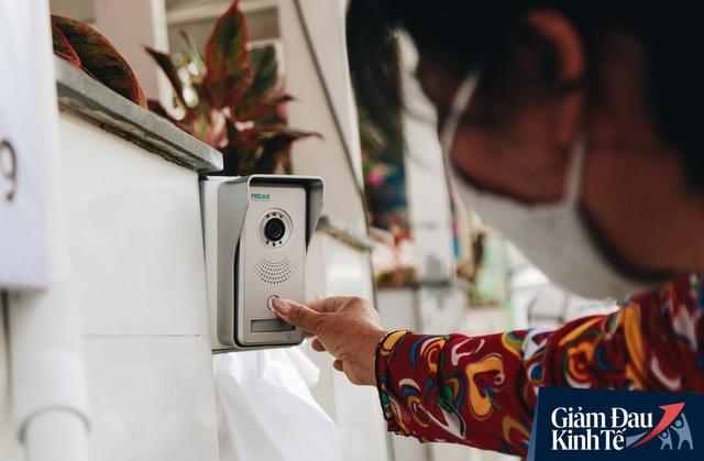 Máy ATM nhả ra gạo miễn phí cho người nghèo giữa thời dịch ở Sài Gòn, đảm bảo không một ai bị bỏ lại phía sau - Ảnh 5.