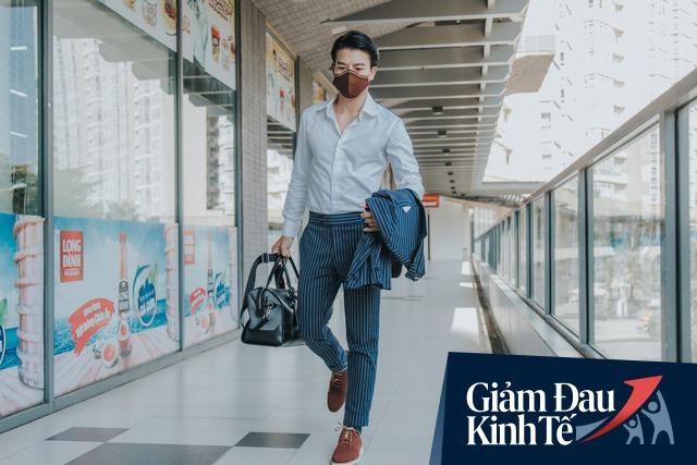 Cách một startup giày Việt vượt bão Covid: Dành 4 tháng trời nghiên cứu làm khẩu trang cà phê đầu tiên trên thế giới, vừa thời trang, vừa giặt được và thay màng lọc sau 1 tháng sử dụng - Ảnh 1.