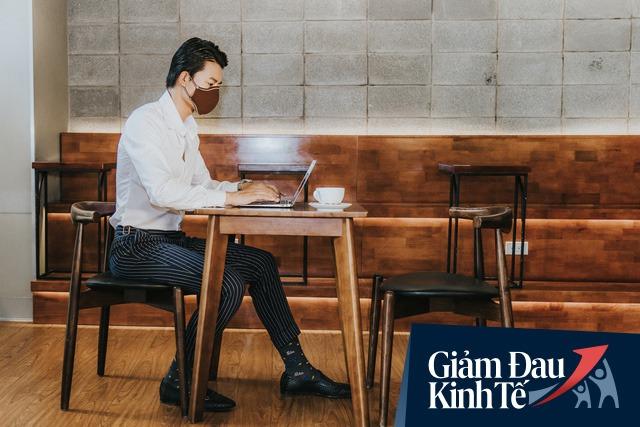 Cách một startup giày Việt vượt bão Covid: Dành 4 tháng trời nghiên cứu làm khẩu trang cà phê đầu tiên trên thế giới, vừa thời trang, vừa giặt được và thay màng lọc sau 1 tháng sử dụng - Ảnh 2.