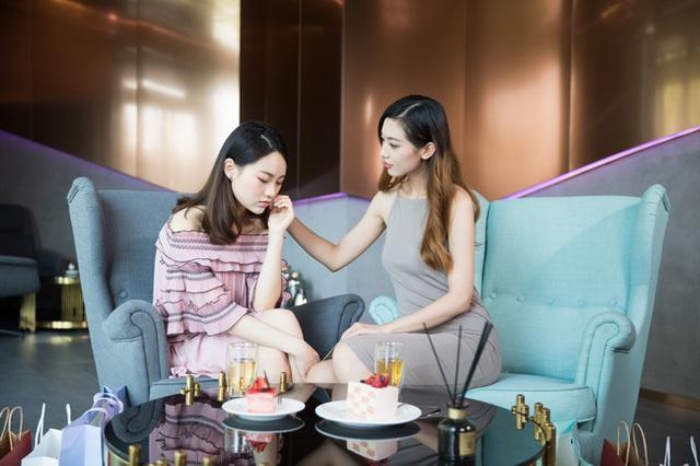 Chuyện về chàng trai thất nghiệp tự nhận quen biết với nữ doanh nhân hàng đầu Trung Quốc: Một cuộc điện thoại bị từ chối và sự thật phũ phàng của xã hội - Ảnh 2.