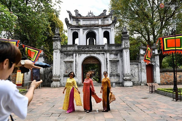 Các khu di tích, điểm tham quan tại Hà Nội mở cửa trở lại - Ảnh 6.