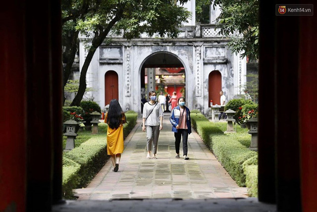 Các khu di tích, điểm tham quan tại Hà Nội mở cửa trở lại - Ảnh 8.