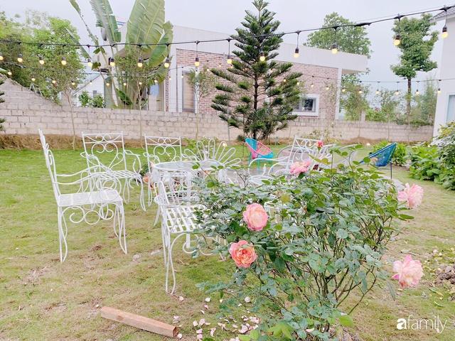 Ngôi nhà vườn 1000m² tọa lạc trên đồi đẹp yên bình với ngoại thất sân vườn rực rỡ sắc màu hoa lá ở Hòa Bình của đôi vợ chồng trẻ - Ảnh 13.