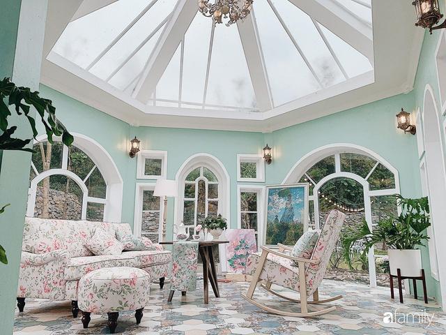 Ngôi nhà vườn 1000m² tọa lạc trên đồi đẹp yên bình với ngoại thất sân vườn rực rỡ sắc màu hoa lá ở Hòa Bình của đôi vợ chồng trẻ - Ảnh 14.