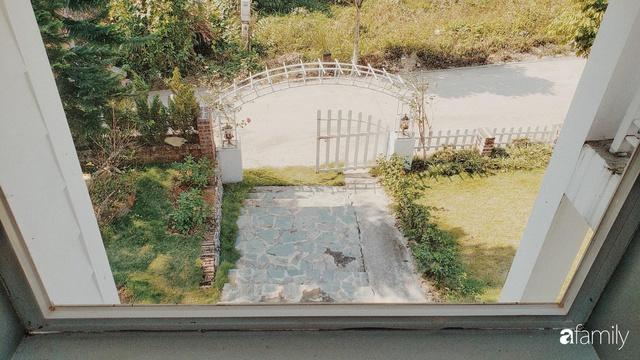 Ngôi nhà vườn 1000m² tọa lạc trên đồi đẹp yên bình với ngoại thất sân vườn rực rỡ sắc màu hoa lá ở Hòa Bình của đôi vợ chồng trẻ - Ảnh 22.