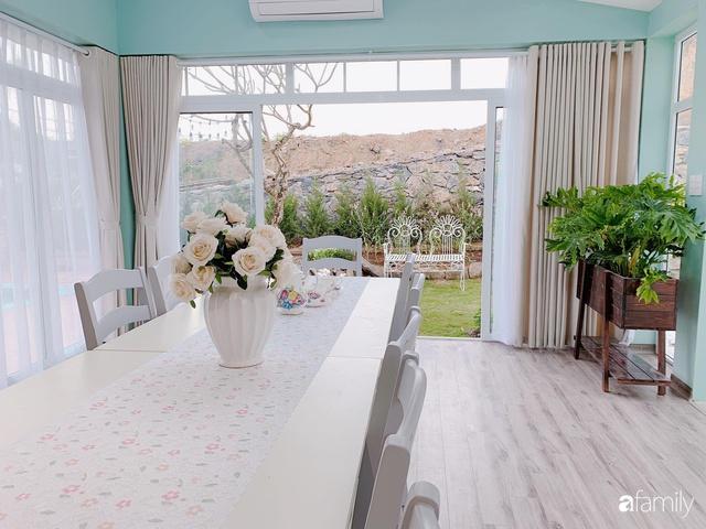Ngôi nhà vườn 1000m² tọa lạc trên đồi đẹp yên bình với ngoại thất sân vườn rực rỡ sắc màu hoa lá ở Hòa Bình của đôi vợ chồng trẻ - Ảnh 29.