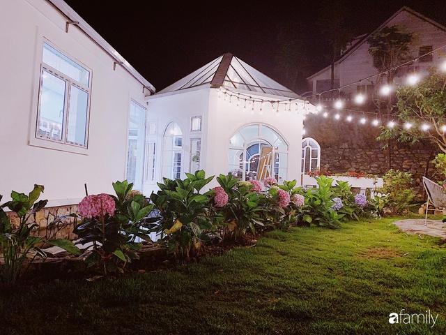 Ngôi nhà vườn 1000m² tọa lạc trên đồi đẹp yên bình với ngoại thất sân vườn rực rỡ sắc màu hoa lá ở Hòa Bình của đôi vợ chồng trẻ - Ảnh 8.