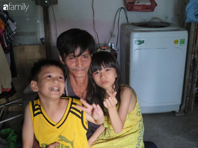 Tâm sự người đàn ông khuyết tật cả 2 tay, ngày ngày bán phế liệu nuôi 2 cháu sinh đôi cùng mẹ già 91 tuổi: Tôi không dám chết - Ảnh 12.