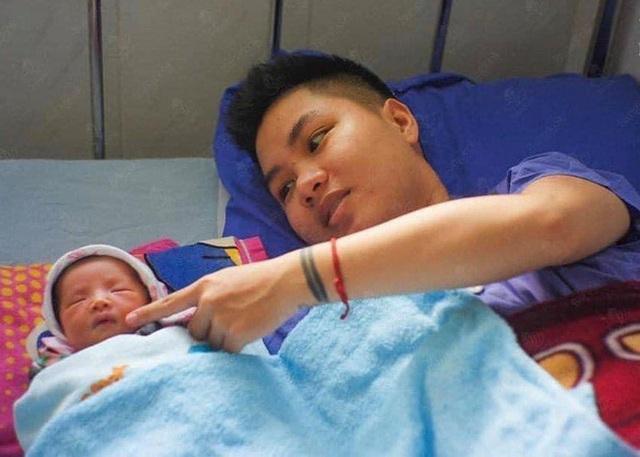 Người đàn ông Việt Nam đầu tiên mang bầu đã lâm bồn, hình ảnh cực dễ thương của em bé đặc biệt khiến dân mạng xuýt xoa - Ảnh 3.