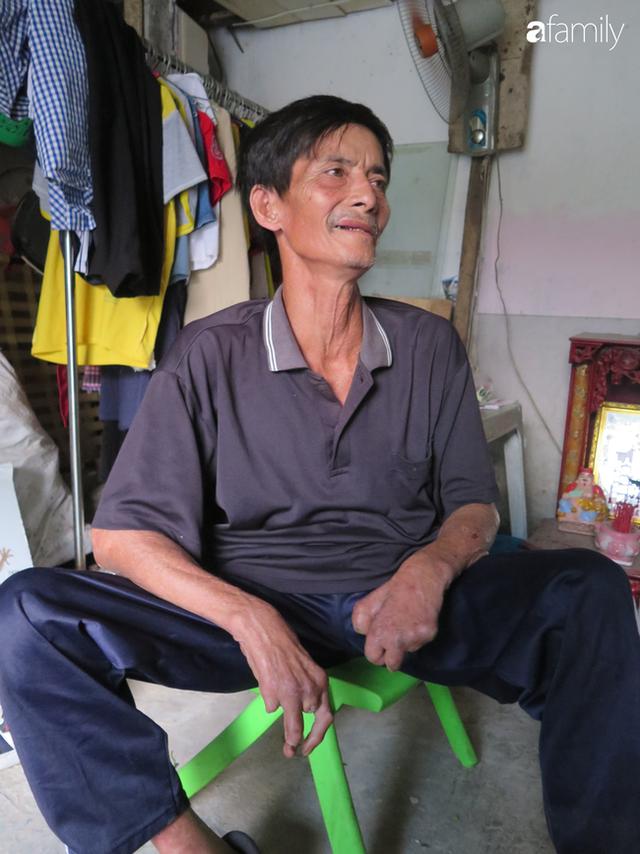 Tâm sự người đàn ông khuyết tật cả 2 tay, ngày ngày bán phế liệu nuôi 2 cháu sinh đôi cùng mẹ già 91 tuổi: Tôi không dám chết - Ảnh 3.