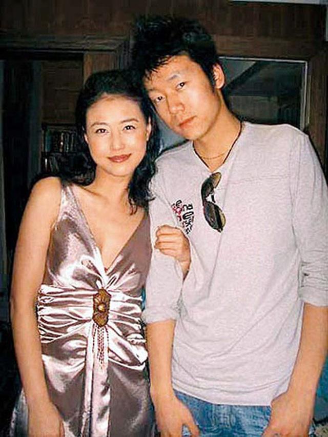 Chu Chỉ Nhược đẹp nhất màn ảnh: Tình duyên lận đận, U60 giàu kếch xù nhưng sống cô độc - Ảnh 6.
