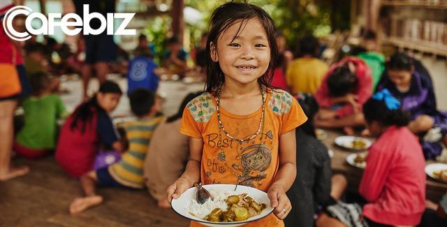 Economist: Đại dịch Covid-19 đang khiến hàng trăm triệu người đối diện nguy cơ chết đói trong vài tháng tới - Ảnh 2.