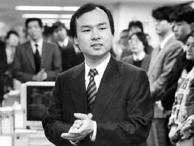 Con đường trở thành tỷ phú giàu thứ hai Nhật Bản của ông chủ SoftBank - Ảnh 2.