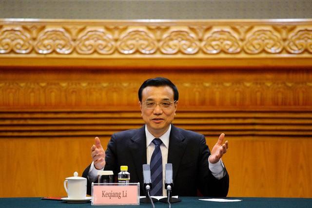 Covid-19: Trung Quốc bất ngờ thừa nhận yếu kém trong hệ thống y tế  - Ảnh 1.