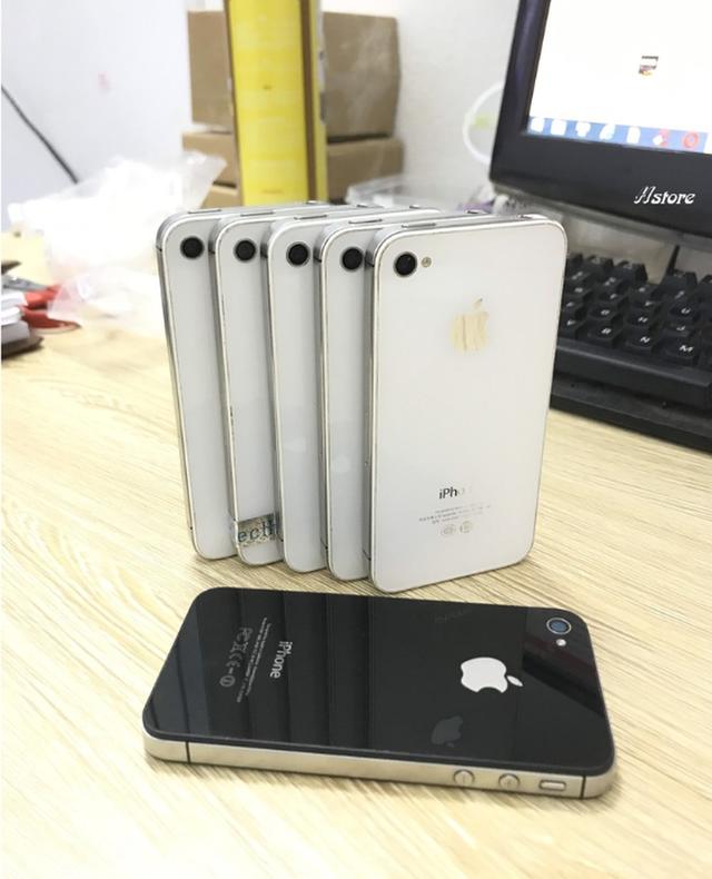iPhone đời cũ giá chỉ 300.000 đồng bán tràn lan - Ảnh 3.