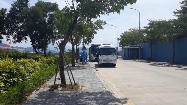 Hòa Phát chi 200.000 USD thuê chuyên cơ đưa 15 chuyên gia đến Dung Quất để chuyển giao công nghệ vận hành nhà máy - Ảnh 2.