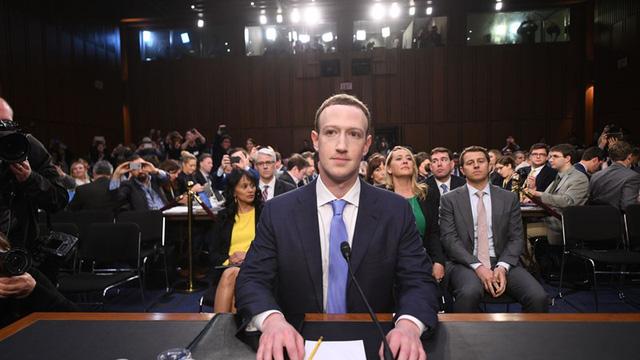 Con đường đưa Mark Zuckerberg thành tỷ phú giàu thứ ba thế giới - Ảnh 10.
