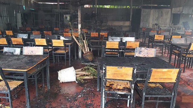 Nhà hàng của MC Nguyên Khang tại Phú Quốc cháy rụi trong biển lửa  - Ảnh 2.