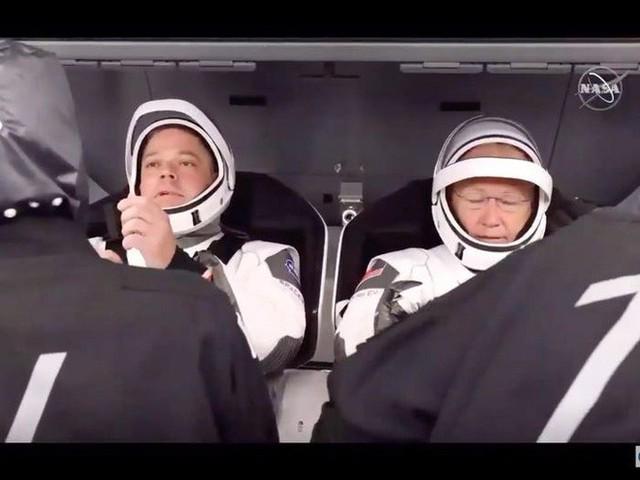 Elon Musk: Nếu nhiệm vụ đưa người lên vũ trụ thành công, đó là công lao của mọi người. Còn nếu thất bại, đó là lỗi của tôi! - Ảnh 3.