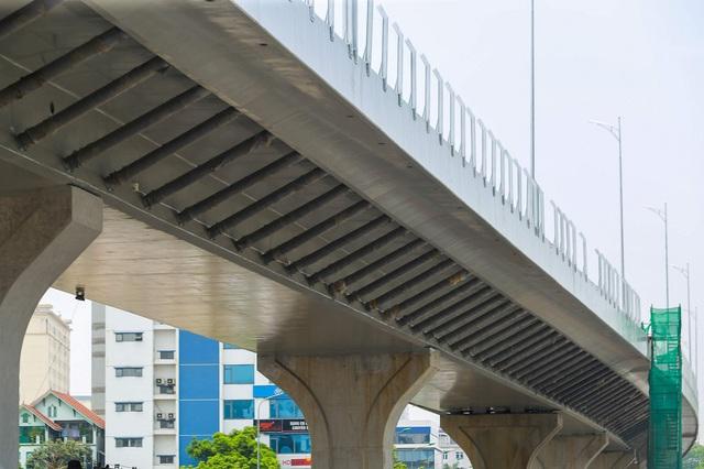 Cận cảnh đường vành đai 2 của Hà Nội sau 2 hơn năm thi công  - Ảnh 3.