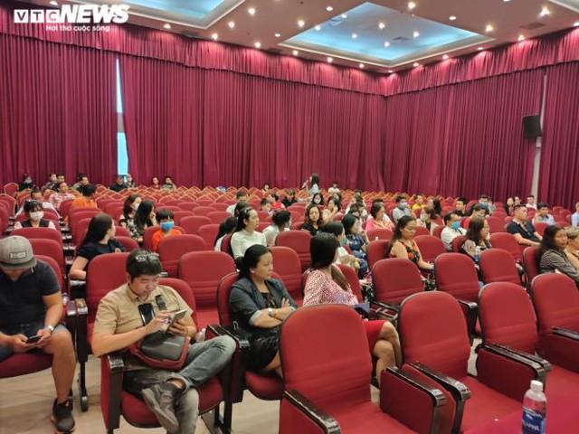 Phụ huynh thuê công ty luật, quyết khởi kiện Trường Việt Úc  - Ảnh 1.