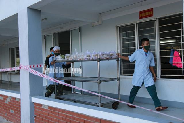 Nhịp sống bên trong khu cách ly 243 bà bầu ở Quảng Nam  - Ảnh 20.