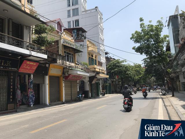 Chuyện lạ tại Hà Nội: Hàng loạt đất vàng ế khách, không người thuê - Ảnh 1.