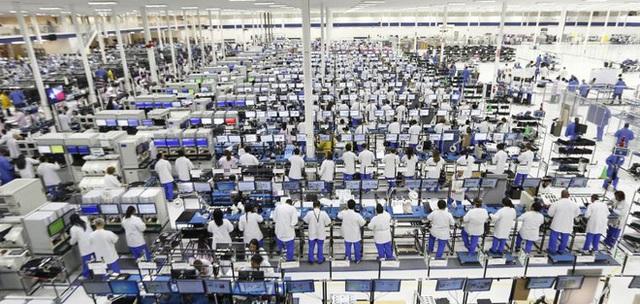 Foxconn khuyên nhân viên nghỉ phép hoặc nghỉ việc tự nguyện - Ảnh 1.