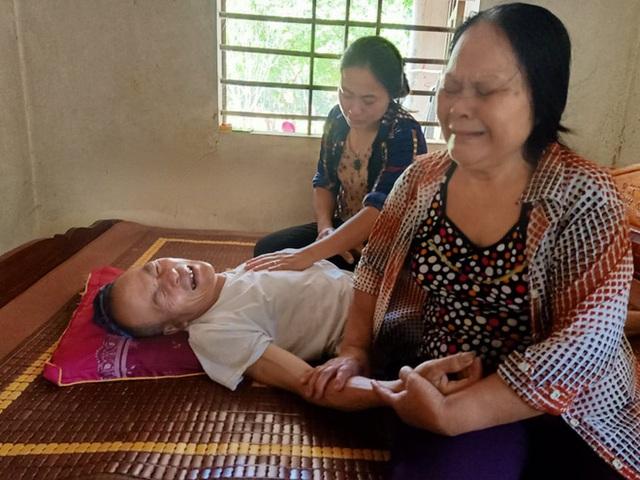 6 hũ tro cốt từ Nhật về Việt Nam: Ra đi bằng da bằng thịt, trở về bằng hũ cốt, nỗi đau ai tả bằng lời - Ảnh 3.