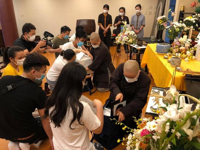 6 hũ tro cốt từ Nhật về Việt Nam: Ra đi bằng da bằng thịt, trở về bằng hũ cốt, nỗi đau ai tả bằng lời - Ảnh 4.