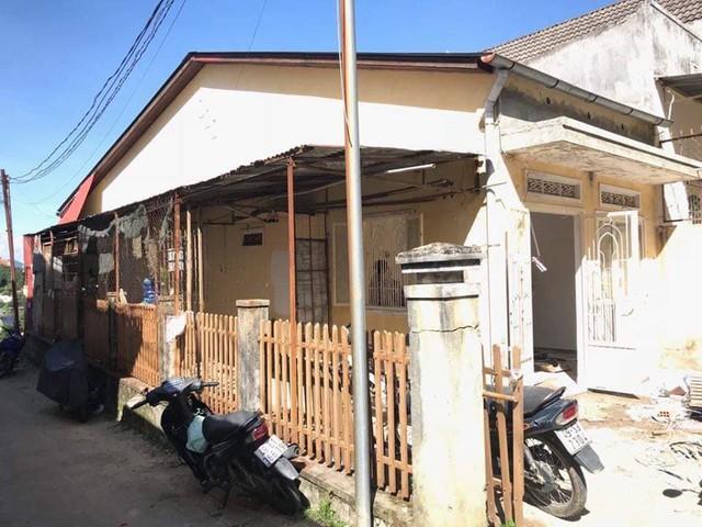 Chán phòng trọ nóng bức chật chội ở thành phố, cặp vợ chồng vay 350 triệu lên Đà Lạt cải tạo nhà cũ theo phong cách tối giản kiểu Nhật vừa ở vừa kinh doanh - Ảnh 3.