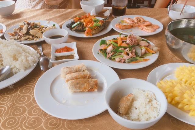 Hạ Long kích cầu du lịch, nhóm bạn than trời Quá rẻ: Đồ ăn ngon, cảnh đẹp, nhiều hoạt động dành cho tập thể - Ảnh 14.
