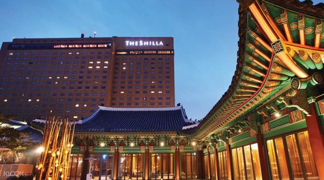 """Khách sạn sang chảnh nơi cặp đôi """"Hậu duệ Mặt Trời"""" tổ chức đám cưới, được Samsung đỡ đầu sắp khai trương tại Đà Nẵng - Hội An - Ảnh 1."""