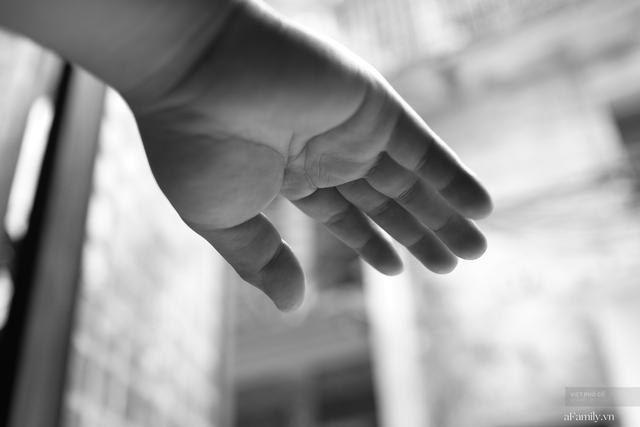 Chuyện của cô Lụa ô sin: Con cái phụng dưỡng đủ đầy vẫn đến Hà Nội để làm bàn tay và đôi mắt cho những người khiếm thị - Ảnh 15.