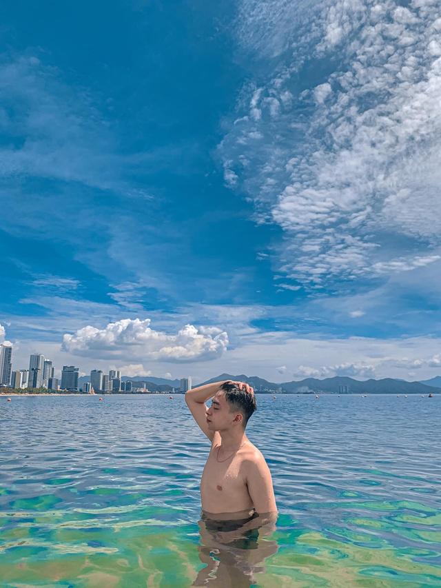 Bỏ túi các địa điểm ăn chơi đẹp hút hồn ở Nha Trang: Biển vừa xanh vừa mát, Bảo tàng Hải dương học check-in đầy màu sắc, siêu nhiều quán cafe đẹp mê ly - Ảnh 17.