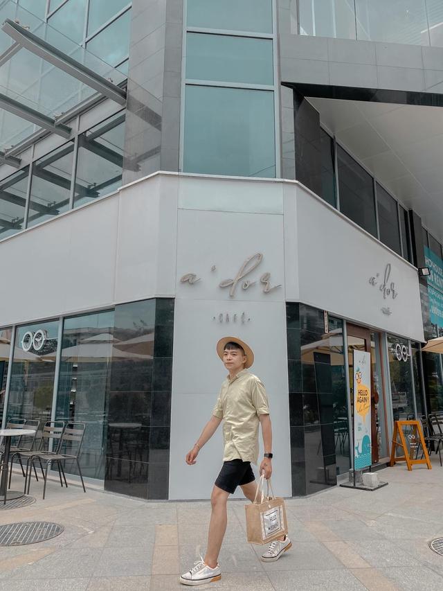 Bỏ túi các địa điểm ăn chơi đẹp hút hồn ở Nha Trang: Biển vừa xanh vừa mát, Bảo tàng Hải dương học check-in đầy màu sắc, siêu nhiều quán cafe đẹp mê ly - Ảnh 19.