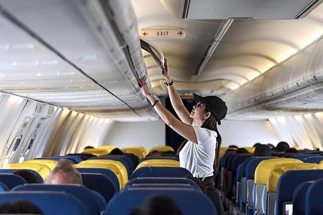 Dù thân thiện là thế nhưng tiếp viên hàng không sẽ rất khó chịu nếu bạn nói ra 7 điều này - Ảnh 3.