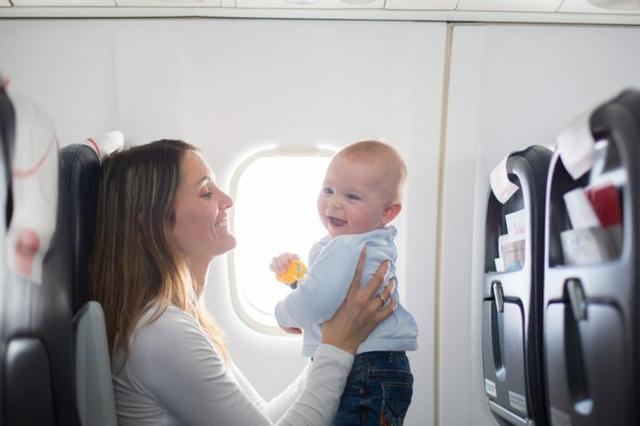 Dù thân thiện là thế nhưng tiếp viên hàng không sẽ rất khó chịu nếu bạn nói ra 7 điều này - Ảnh 4.