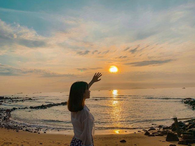 Cách Hà Nội 4 giờ đồng hồ, biển Bãi Đông vừa sạch vừa vắng chi phí chỉ 1 triệu quá hợp lý cho 2 ngày cuối tuần - Ảnh 9.