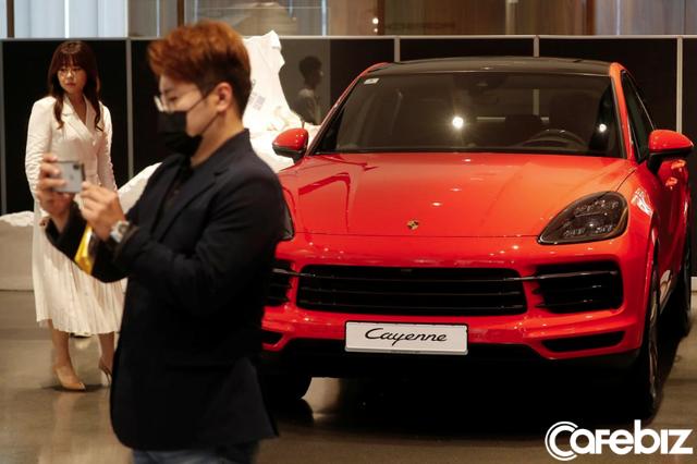 Giới đại gia Hàn Quốc đổ xô mua xe sang sau dịch Covid-19 - Ảnh 2.