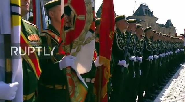 Mãn nhãn với màn duyệt binh hoành tráng nước Nga mừng 75 năm chiến thắng Thế chiến II: 14.000 binh sĩ, 234 khí tài cơ giới và 75 máy bay - Ảnh 2.