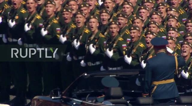 Mãn nhãn với màn duyệt binh hoành tráng nước Nga mừng 75 năm chiến thắng Thế chiến II: 14.000 binh sĩ, 234 khí tài cơ giới và 75 máy bay - Ảnh 11.