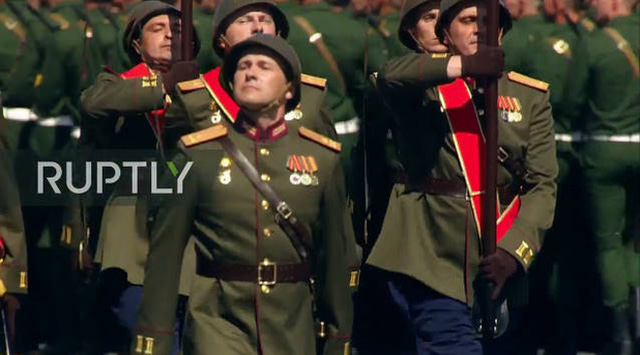 Mãn nhãn với màn duyệt binh hoành tráng nước Nga mừng 75 năm chiến thắng Thế chiến II: 14.000 binh sĩ, 234 khí tài cơ giới và 75 máy bay - Ảnh 22.