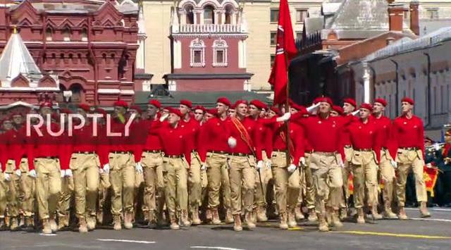 Mãn nhãn với màn duyệt binh hoành tráng nước Nga mừng 75 năm chiến thắng Thế chiến II: 14.000 binh sĩ, 234 khí tài cơ giới và 75 máy bay - Ảnh 26.